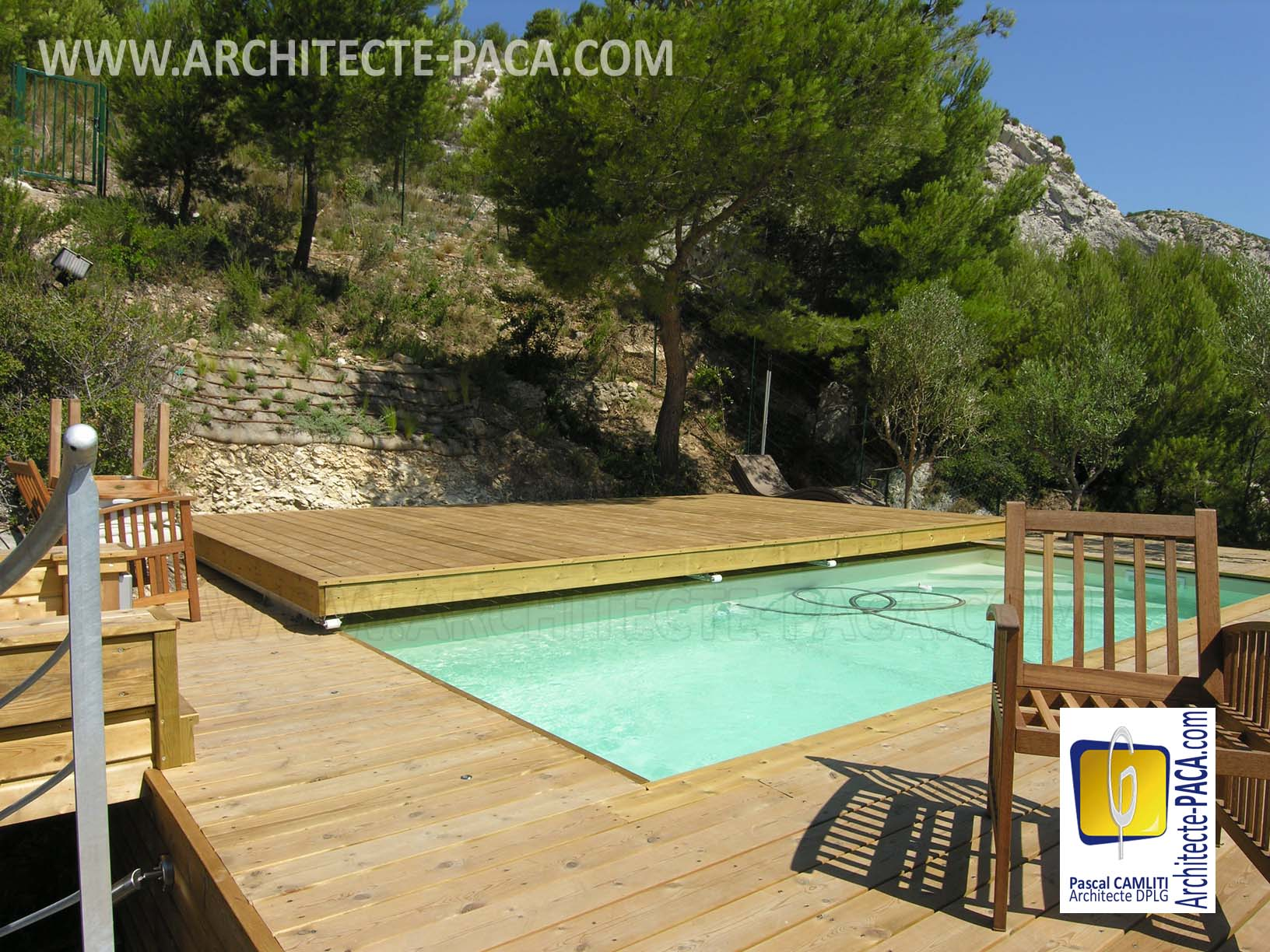 comment couvrir s curiser sa piscine facilement avec une terrasse. Black Bedroom Furniture Sets. Home Design Ideas